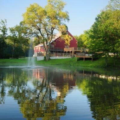 Experience your Deep Creek wedding at Chanteclaire Farm – Lodging Partner Venue